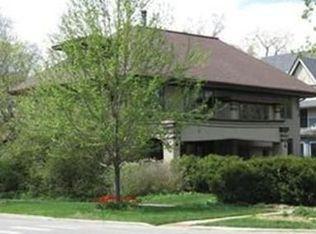 241 S Elmwood Ave , Oak Park IL