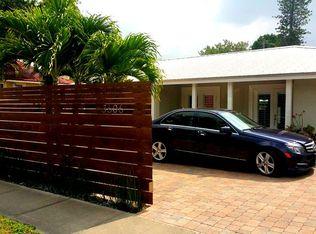 3606 Bay Shore Rd , Sarasota FL