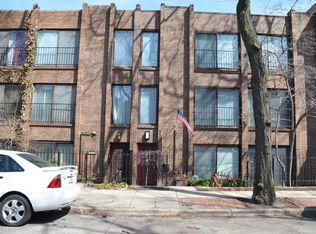 330 W Concord Pl , Chicago IL