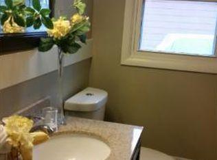 Bethia Ln Brooklyn Park MN Zillow - Bathroom remodel brooklyn park mn