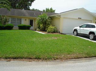10727 Los Santos Dr , Port Richey FL