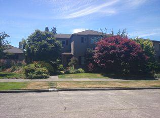 2559 Crestmont Pl W , Seattle WA
