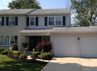 32 Lancelot Ln , Mount Laurel NJ