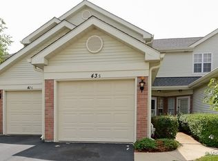 43 S Golfview Ct , Glendale Heights IL