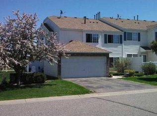 15952 Finch Ln , Apple Valley MN