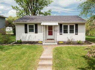 1340 W 38th St , Davenport IA