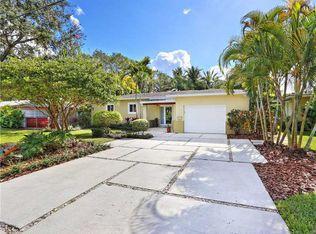 5946 SW 34th St , Miami FL
