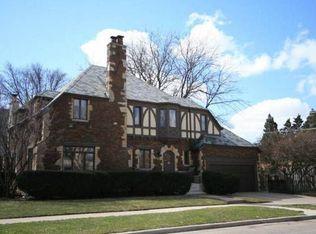1141 N East Ave , Oak Park IL