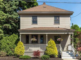 182 Marlborough Rd , Salem MA