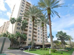 90 Edgewater Dr Apt 522, Coral Gables FL