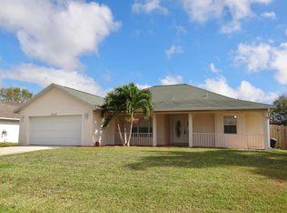 2713 SW District Ave , Port St Lucie FL