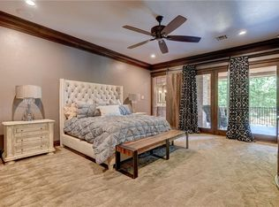 Traditional Closet With High Ceiling Amp Carpet In Edmond