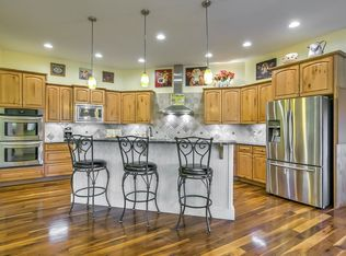 Traditional Kitchen With Flush Amp Kitchen Island In Eagle