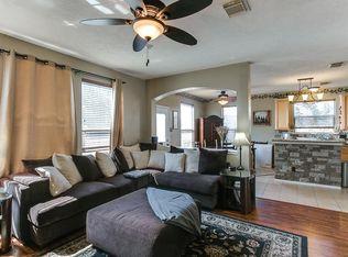 1834 Manor Dr Baytown TX 77521