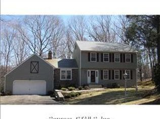 63 Pond View Cir , Guilford CT