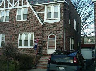 2534 Laconia Ave , Bronx NY