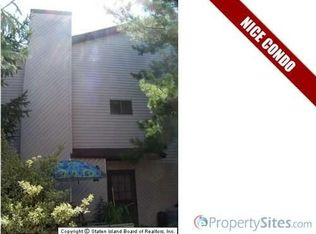 410 Lisk Ave , Staten Island NY