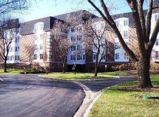 250 Lake Blvd Apt 233, Buffalo Grove IL