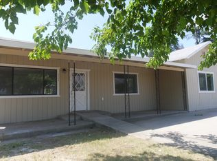 1133 Holden Ave , Dinuba CA