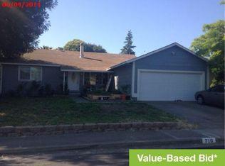 710 Barry Ct , Rohnert Park CA