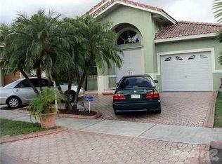 9162 NW 148th St , Miami Lakes FL