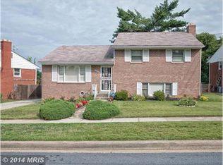 5909 15th Ave , West Hyattsville MD