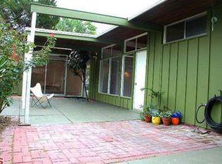 7525 Baird Ave , Reseda CA