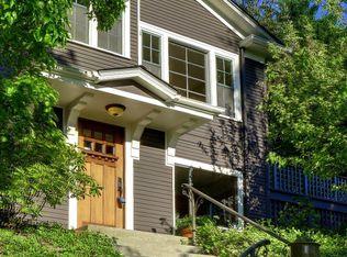 1718 33rd Ave , Seattle WA