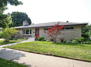5945 Greenwood St , Morton Grove IL