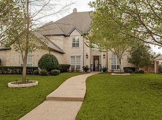 1331 Village Green Dr , Southlake TX
