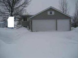 3357 19th St S , Fargo ND
