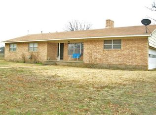 18 County Road 146 , Gainesville TX