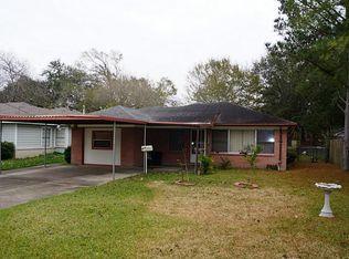 1033 S Booth Ln , Alvin TX