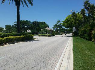 354 SW 161st Ave , Pembroke Pines FL