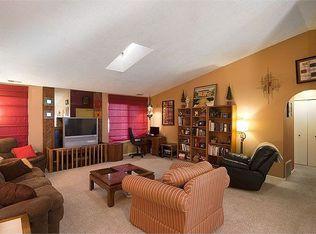 488 W Rockrimmon Blvd Apt H, Colorado Springs CO
