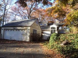75 Sunken Meadow Rd , Northport NY
