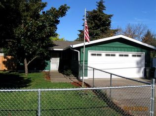 506 S Royal Ave , Eagle Point OR