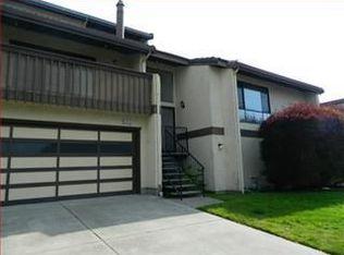207 Monterey Rd Apt 4, Pacifica CA