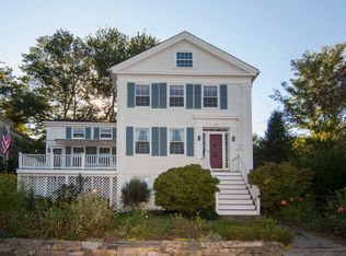 105 River Rd , Mystic CT