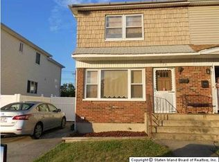415 Ridgecrest Ave , Staten Island NY