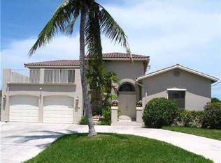 450 SE 14th Ave , Pompano Beach FL