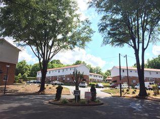 North Carolina · Charlotte · 28216 · Oakview Terrace; University Gardens
