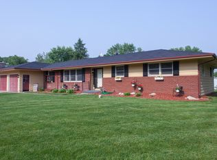 52730 Swanson Dr , South Bend IN