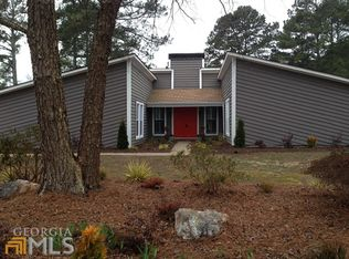 360 Chaffin Rd , Roswell GA