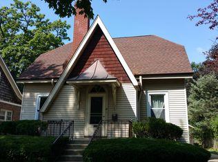 36 S Charles Ave , Villa Park IL