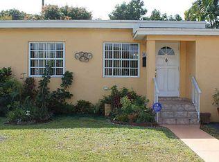 6374 SW 37th St , Miami FL