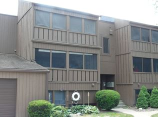 33803 Electric Blvd Apt A11, Avon Lake OH