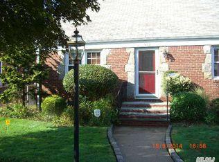 579 Newton Ave , Uniondale NY