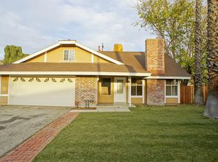 27804 Rosamond Dr , Canyon Country CA