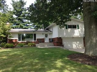 572 Overwood Rd , Akron OH